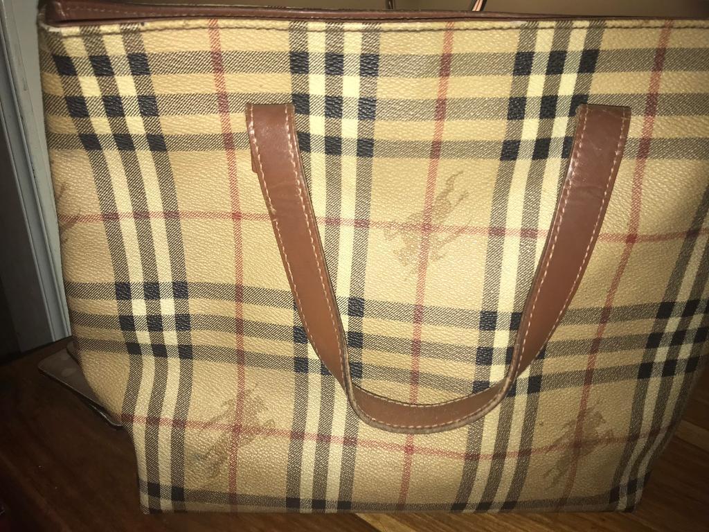 d05fc5d08894 Burberry vintage tote bag