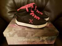 Heelys high tops pink & black. Size 1. Excellent condition