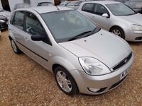 Ford Fiesta 1.4 Ghia Hatchback 5dr Petrol Manual