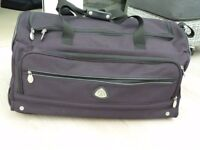 GLOBETROTTER trolley-style canvas holdall