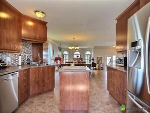 325 000$ - Bungalow Surélevé à vendre à Gatineau Gatineau Ottawa / Gatineau Area image 2