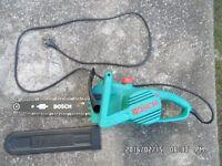 Bosch AKE 35S, mains (i.e. corded) Electric Chainsaw, 1800 Watt, 35 cm (14 inch) long cutter bar