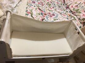 Snuzpod co sleeper crib & bedding
