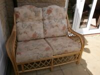 CANE CONSERVATORY FURNITURE 6 PIECES .EXCELLENT CONDITION.