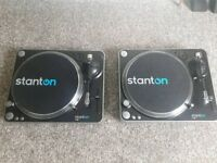 Stanton T62 direct drive turntable dj decks pair