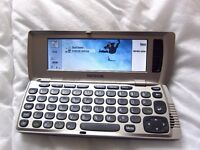 Nokia 9210i Communicator Mobile Phone original box, charger, manual & cd with battery issue