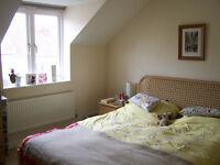 Double room in modern terrace in Ashley Down