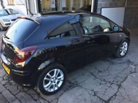 Superb Vauxhall Corsa 1.2 sxi cheap to run and insure fantastic car looks and drives perfectly