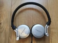 Audio Technica ATH-ES88 Closed-back Dynamic Headphones