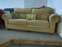 Gold Fabric Sofa Settee in VGC Comfy Deliv Poss £60