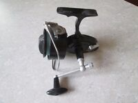 GARCIA MITCHELL 386 SEA FISHING FIXED SPOOL REEL IN NICE CONDITION.