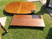 Extendable table and 4 Carver Chairs
