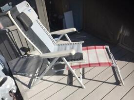 2 x Kampa reclining chairs inc foot stools