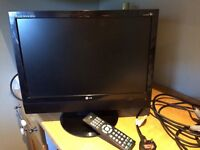 16.5 inch flat screen LG television with instructions, remote and scart lead if wanted
