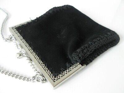 Abendtasche schwarzer Samt silberfarbene Kette und Bügel