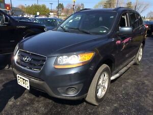 2010 Hyundai Santa Fe GL V6, POWER GROUP, ALLOYS AND MORE!
