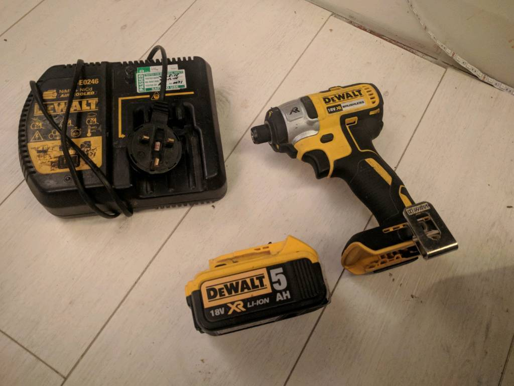 18v 5ah Dcf866 Dewalt Xr Brushless Impact Driver Battery And Charger 5amp