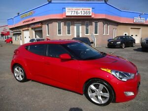 2012 Hyundai Veloster SEULEMENT 49.60/sem(taxes incluses) CAMERA