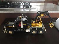 Vintage Lego 8868 Claw Digger