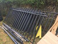Wrought Iron Fence Panel 7x with Posts £400 still available