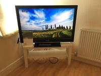 Sony Bravia KDL 40D TV and TV stand