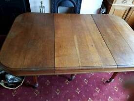Beautiful French antique table with stunning leg feature