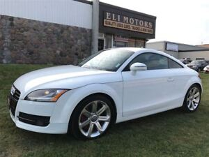 2008 Audi TT V6-3.2L.NAVIGATION. 6 SPEED  MANUAL TRANSSMISSION.