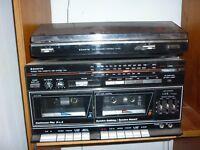 Sanyo turntable/ tape deck/radio