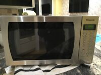 Panasonic Microwave Oven. In very good working order, only selling due new kitchen