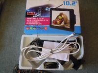 "Nikkai 10.2"" Digital LCD TV & AVTEX Digital Freeview Television Aerial"