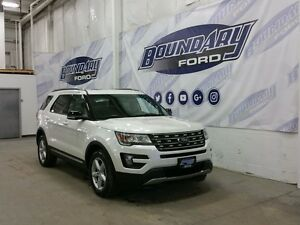 2016 Ford Explorer XLT W/ Twin Panel Moonroof, Leather