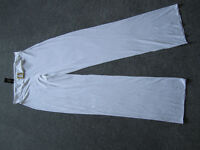 White pool trousers