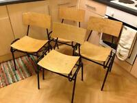 Set of 4 stackable retro chairs
