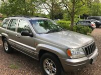 Jeep Grand Cherokee Limited V8 4701cc Petrol Automatic 4x4 Estate X reg 01/09/2000 Gold