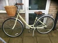 Ladies city discovery dutch style bike