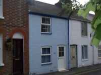 2 bedroom house in REF:01168 | St. Andrews Street | Cowes | Isle Of Wight | PO31