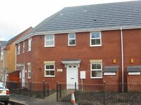 Two Bed apartment with Gardens & Parking off Nell Lane, Cholton
