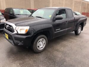2015 Toyota Tacoma SR5, Crew Cab, Auto, Back Up Camera, 52, 000k