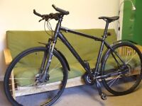 CUBE hybrid bike, 27 gears, hydraulic disc brakes, front suspension