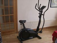 Reebok Edge 2 in 1 cycle cross Trainer.
