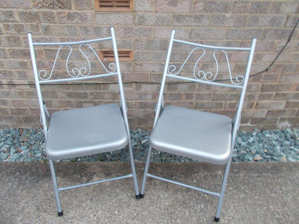 2 X METAL FOLDING CHAIRS FOR SALE £5 in Wigginton North Yorkshire