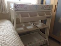 Cosatto cream baby changing unit with bath. Very good condition.