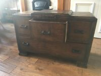 Solid Oak Vintage Chest of Drawers/Dresser