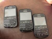 3 Blackberry mobile phones £20