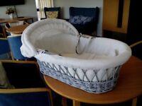 Grey basket weave moses basket