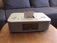 PHILIPS DOCKING STATION FOR IPOD/IPHONE - DC290