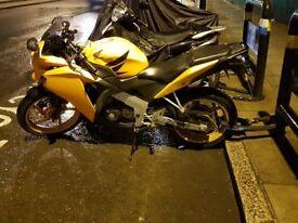 CBR 125 motorbike, serviced, MOT, £1800 ONO