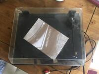 Vintage vinyl player- currently not working but might be fixable!