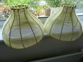 2X GOLD COLOURED WIRE LAMPSHADE