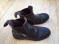 Childs Riding Boots. Dark Brown. Size 33 EU.